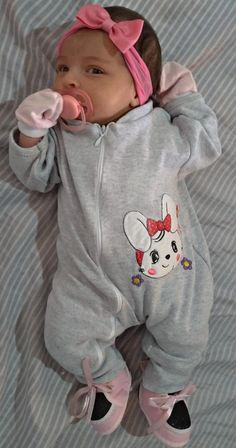 Newborn Black Babies, Baby Boy Newborn, Baby Kids, Cute Little Baby, Cute Baby Girl, Cute Babies, Twin Baby Photos, Baby Girl Pictures, Real Life Baby Dolls