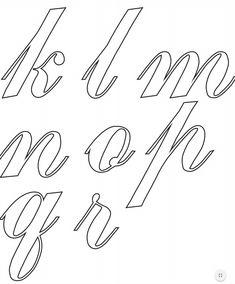 ALFABETO CURSIVO: Moldes, Para Imprimir Tattoo Lettering Fonts, Hand Lettering Alphabet, Alphabet Stencils, Alphabet Art, Copperplate Calligraphy, How To Write Calligraphy, Calligraphy Letters, Lettering Tutorial