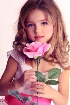 - The social network for meeting new people Stunning Girls, Beautiful Little Girls, Beautiful Children, Cute Girls, Teen Models, Young Models, Child Models, Cute Kids Photos, Happy Minds