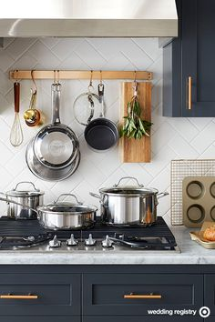 The star of any wedding registry: Shiny new pots and pans. So swap out worn-out, mismatched ones and add this Circulon Genesis 10-piece set to the list. It's stainless steel on the outside, scratch-resistant nonstick on the inside with raised dots and a PFOA-free surface to keep food from sticking. It comes with a stock pot, 2 sauce pans, a sauté pan and 2 skillets to outfit your newlywed kitchen with everything you'll need.