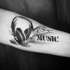 50 Awesome Music Tattoo Designs To Show Off Your Love Of Music - Music tattoos are much more minimalist than others, which may be more elaborate, although some can - Tattoo Nota Musical, Music Symbol Tattoo, Music Tattoos, Leg Tattoos, Faith Tattoos, Circle Tattoos, Dj Tattoo, Note Tattoo, Tiny Tattoo