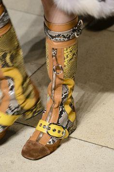 Fashion Show Prada Images In 2019 Woman Best Miuccia 303 TYASS