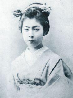 徳川久子(徳川美人三姉妹の長女、明治時代の美人ランキング)