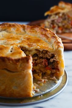 You can make a Game of Thrones Frey Pie with ground pork instead of ground Frey.Get the recipe for Game of Thrones Frey Pie Pork Pie Recipe, Pie Crust Recipes, British Meat Pie Recipe, Carrot Pie Recipe, Savory Pie Crust Recipe, Game Of Thrones Food, Game Of Thrones Party, British Baking, Arrows
