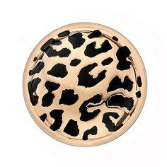 Emozioni Leopard Rose Gold Coin is 33mm and made of Sterling Silver with 18ct Rose Gold Plating. It fits into the 33mm Emozioni Coin Keepers, Sold Separately. This product also comes in a 25mm size, p