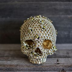 Image of BEE HIVE SKULL (PRE ORDER FOR 28TH OF DECEMBER)