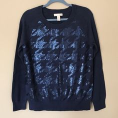 """Banana Republic Sequin Sweater **NO TRADES PLEASE** Measures 19"""" across at armpits and 16"""" from armpit to bottom. 100% cotton. Excellent used condition. No stains or holes. Banana Republic Sweaters Crew & Scoop Necks"""