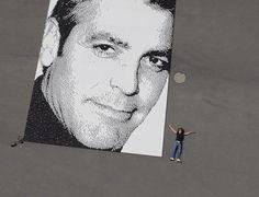George #Clooney erretratu erraldoia #Nespresso kafe kapsulak eginda  #mundiala