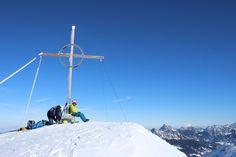 Skitour auf den Bschießer  Adele Bergzauber Outdoorkleidung Hersteller auf Tour Adele, Berg, Wind Turbine, Heaven