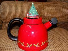 Kamenstein Christmas Kettle Animated Tea Pot Vintage