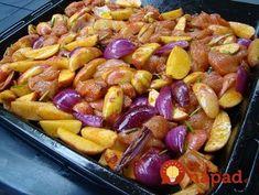 Výborný tip, ako pripraviť skvelé jedlo pre celú rodinu len z pár prísad a na jednom plechu. Ak budete mať nabudúce doma kuracie rezne, namiesto vyprážania v trojobale vyskúšate toto – chutný chalupársky kastról s kuracím mäsom, cibuľkou a zemiakmi. Potrebujeme: 1 kg zemiakov 3 ks kuracích pŕs 2 lyžičky grilovacieho korenia 2 lyžičky soli...