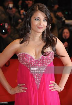 Actress Aishwarya Rai Bachchan attends the premiere for 'Pink Panther as part of the Berlin Film Festival at the Berlinale Palast on February 2009 in Berlin, Germany. (Photo by Pascal Le Segretain/Getty Images) *** Local Caption *** Aishwarya Rai Bachchan Most Beautiful Bollywood Actress, Bollywood Actress Hot Photos, Indian Bollywood Actress, Bollywood Celebrities, Indian Actresses, Bollywood Girls, Actress Pics, Bollywood News, Bollywood Fashion