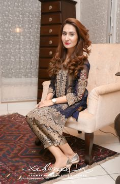 NOMI ANSARILight Party Wear And Formal Wear at Retail and whole sale prices at Pakistan's Biggest Replica Online Store Asian Wedding Dress Pakistani, Pakistani Fashion Party Wear, Pakistani Formal Dresses, Pakistani Dress Design, Pakistani Outfits, Fancy Dress Design, Stylish Dress Designs, Stylish Dresses, Shadi Dresses
