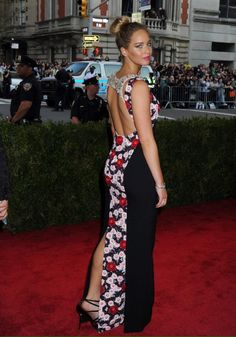 #MetGala Jennifer Lawrence