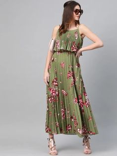 It's not transparent at all. Its floral print is too good and pleat are perfect. #maxi #pleat Party Wear Dresses, Party Dresses For Women, Sexy Dresses, Dress Outfits, Casual Dresses, Short Dresses, Fashion Outfits, Fashion Hub, Buy Dresses Online