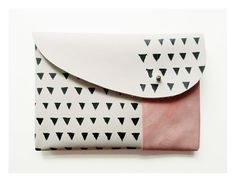 blackbird and the owl triangle print pouch