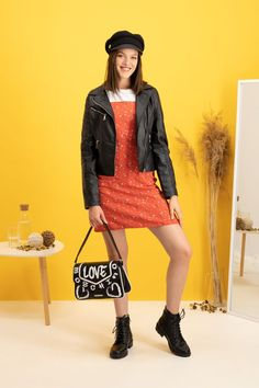 autumn | autumn outfit | spring outfit | summer outfit | autumn fashion | womensoutfit | casual outfit | women autumn outfit | back to the 90s | the 90s | womens orange dress | patterned dress | womens leather jacket | black leather jacket | black handbag | moschino handbag | womens workers shoes | black workers shoes | womens baker hat | outfit inspo #ootd #factcooloutfit Outfits With Hats, Casual Outfits, Womens Orange Dress, Womens Black Leather Jacket, Dress Patterns, Spring Outfits, Autumn Fashion, Clothes For Women, Dresses