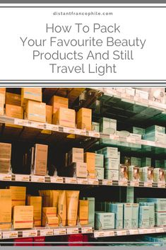The most common packing dilemma I hear from travellers? How can you combine travelling light and beauty products? Packing Shoes, Packing Toiletries, Perfume Diffuser, Clear Plastic Containers, French Beauty, Holiday Looks, Nailart, Eyeshadow Brushes, Travel Light