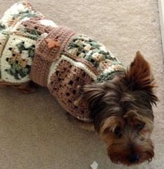 Granny Square Pet Coat ~ easy tutorial
