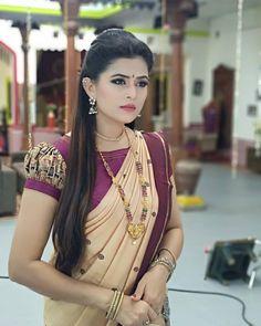 I am in love wit this  dark Cream wit chocolate brown  pure silk saree.... ❤️ Thank u sujamma...@sujatha__pradeep  It's pure as her love...…