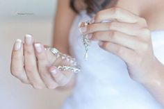 Wedding jewellery photo