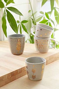 Pickle Pottery Arrow Cup - Urban Outfitters