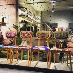 Dans la vitrine de Lucia Esteves  Bruxelles les chaiseshellip