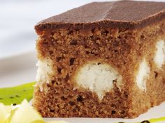 Learn how to prepare Cake with Coconut and Chocolate. Flour and grease a cake form/tray with a diameter . Czech Recipes, Ethnic Recipes, Cottage Cheese Eggs, Cake Preparation, Coconut Balls, Cake Mixture, Cake Batter, Melting Chocolate, Nutella