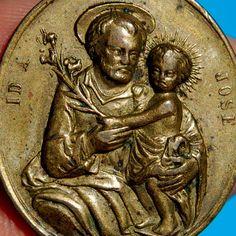 ST JOSEPH & INFANT CHRIST MEDAL ANTIQUE RELGIOUS PRAYER FOR THE CHURCH PENDANT St Joseph, Clothing Ideas, Christ, Saints, Infant, Prayers, Statue, Antiques, Saint Joseph