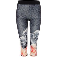 Ted Baker Monorose Border Crop Legging (155 AUD) ❤ liked on Polyvore featuring activewear, activewear pants, black, sport & fitness and ted baker