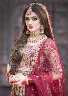 Inspiring Pakistani Bridal Makeup Looks for Your Big Day Latest Bridal Dresses, Asian Bridal Dresses, Pakistani Wedding Outfits, Pakistani Bridal Dresses, Pakistani Wedding Dresses, Bridal Outfits, Bridal Lehenga, Pakistani Bridal Makeup Red, Pakistani Bridal Hairstyles