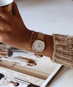 Absolutely simple and perfect for the everyday girl! Beige women's watch by Danielle Wellington #watches #womenswatch #jewelry Protect your jewelry with a jewelry armoire