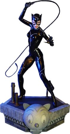 """""""I am Catwoman. Hear me roar."""" This highly detailed, scale maquette, features a stunning likeness of Michelle Pfeiffer from the 1992 Tim Burton film Batman Returns. Catwoman Cosplay, Catwoman Comic, Michelle Pfeiffer, Dc Comics, Statues, Marvel Dc, Chica Fantasy, Batman Returns, Miss Kitty"""