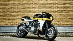 WOW! Racing Yamaha VMAX Cafe Racer by it roCkS bikes.Desde Portugal llega esta pedazo de Yamaha llena de músculo y cambios de calidad | caferacerpasion.com