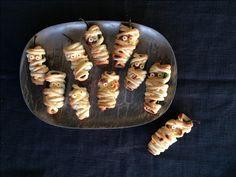 Kiedo juustolla täytetyt jalapeñot lehtitaikinasuikaleisiin ja saat halloweenin sympaattisimmat pikkunaposteltavat.