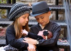 Newborn with siblings photography