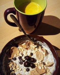 Chia pudding skyr based protein bowl with my homemade yogurt next to it golden milk  #fitness #protein #healthy #fitfam #gym #eatclean #cleaneating #foodporn #fit #gains #nutrition #health #lowcarb #fitlife #healthyeating #healthyfood #healthyliving #gainz #recovery #fuel #macros #gymlife #postworkoutmeal #homemade #foodie #food #foodgasm #foodporn #fitnesslifestyle
