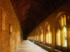 Cloister, New College Oxford, Shadow Of Night, A Discovery Of Witches, All Souls Trilogy Oxford United Kingdom, Oxford City, New College, A Discovery Of Witches, English Course, All Souls, Famous Landmarks, Spiritual Path, Short Break