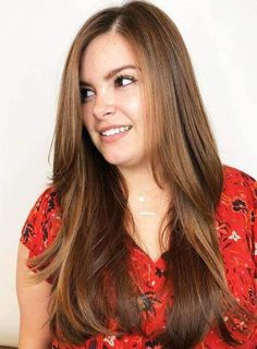 61 Super Ideas haircut for round face shape long plus size Face Slimming Hairstyles, Round Face Hairstyles Long, Haircuts For Round Face Shape, Plus Size Hairstyles, Hairstyle Short, Hair Updo, Round Face Long Hair, Straight Hairstyles, Hair For Round Face Shape