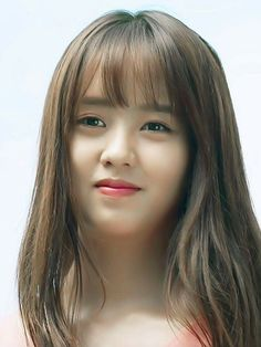 Kim so hyun smile Kim So Eun, Kim Min, Korean Beauty, Asian Beauty, Kim So Hyun Fashion, Kim Yoo Jung, Girl Artist, Bright Eyes, Brunette Beauty