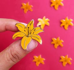Yellow Lily Enamel Pin, Botanical Enamel pin, Plant lover gift, Floral Lapel pin Lily Enamel Pin / F Purple Lily, Pink, Jacket Pins, Floral Pins, Kawaii, Cool Pins, Metal Pins, Pin And Patches, Mellow Yellow