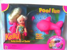 1996 Pool Fun Kelly Barbie Doll Playset I remember the morning I got her. Favourite dolls ever! I cut her fringe the second I opened it. Barbie 90s, Barbie World, Barbie And Ken, Barbie Kelly, Barbie Stuff, 90s Stuff, Barbie Clothes, 90s Childhood, My Childhood Memories