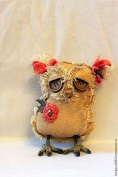 Awww a sad owl Textile Sculpture, Soft Sculpture, Textile Art, Fabric Birds, Fabric Art, Fabric Crafts, Ugly Dolls, Creepy Dolls, Owl Crafts