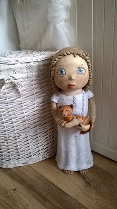 Dárek k narozeninám pro dcerku... Clay Sculptures, Sculpture Art, Ceramica Artistica Ideas, Pottery Angels, Handmade Angels, Ceramic Angels, Child Art, Ceramic Art, Art For Kids