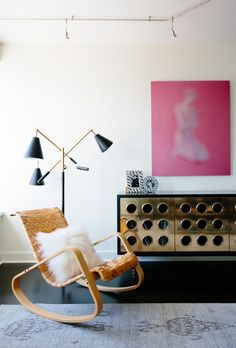 Adore the lighting + pop of pink from Catherine Kwong Design