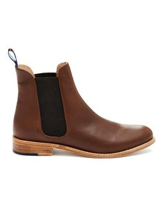 BELGRAVIA Womens Leather Chelsea Boot
