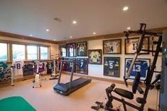 23 Best Home Gym Room Ideas For Healthy Lifestyle - Political theme in gym? Old posters, shirts, Obama cutout? 23 Best Home Gym Room Ideas For Health - Fitness Design, Home Gym Design, House Design, Gym Room At Home, Gym Decor, Basement Gym, Best Home Gym, Gym Style, Nursery Wall Decor