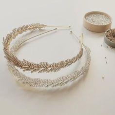 The LENA Bridal headbands in Silver and Gold. Subtle sparkle for the modern brid… – Handwerk und Basteln Flower Hair Accessories, Head Accessories, Wedding Hair Accessories, Wire Jewelry, Jewelery, Handmade Jewelry, Bridal Earrings, Bridal Jewelry, Hair Jewels