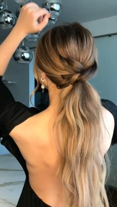 Easy Hairstyles For Long Hair, Pretty Hairstyles, Wedding Guest Hairstyles Long, Hairdo For Wedding Guest, Hair Styles Wedding Guest, Summer Hairstyles, Simple Homecoming Hairstyles, Hair For Homecoming, Easy Ponytail Hairstyles