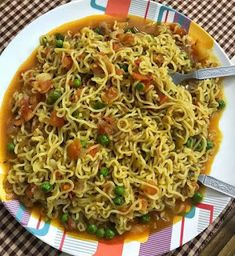 Maggi is one such recipe which i started to cook from my school days.i loved maggi noodles so much. I still remember 5 rs noodles packet. Indian Food Recipes, Gourmet Recipes, Cooking Recipes, Healthy Recipes, Ethnic Recipes, Maggi Recipes, Snap Food, Food Snapchat, Food Gallery